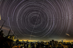 Trazo de estrellas urbano
